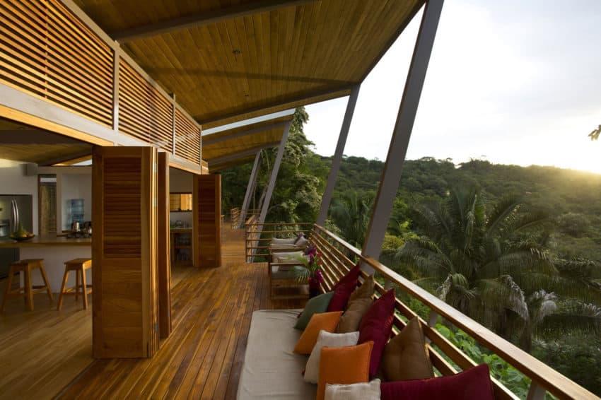 Casa Flotanta by Benjamin Garcia Saxe Architecture (6)
