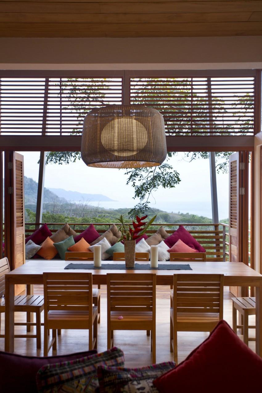 Casa Flotanta by Benjamin Garcia Saxe Architecture (9)