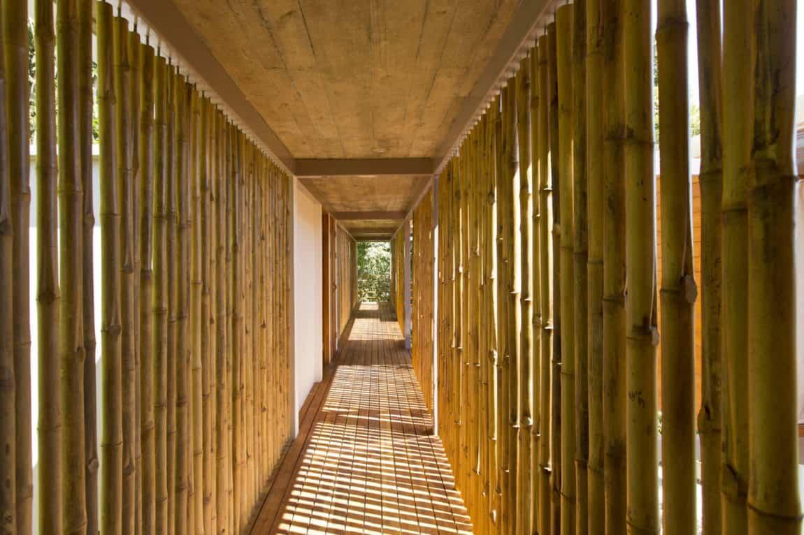 Casa Flotanta by Benjamin Garcia Saxe Architecture (13)