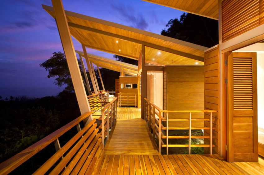 Casa Flotanta by Benjamin Garcia Saxe Architecture (24)