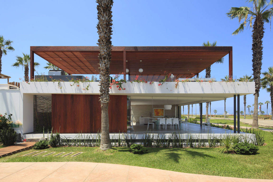 Casa P12 by Martín Dulanto Architect (2)