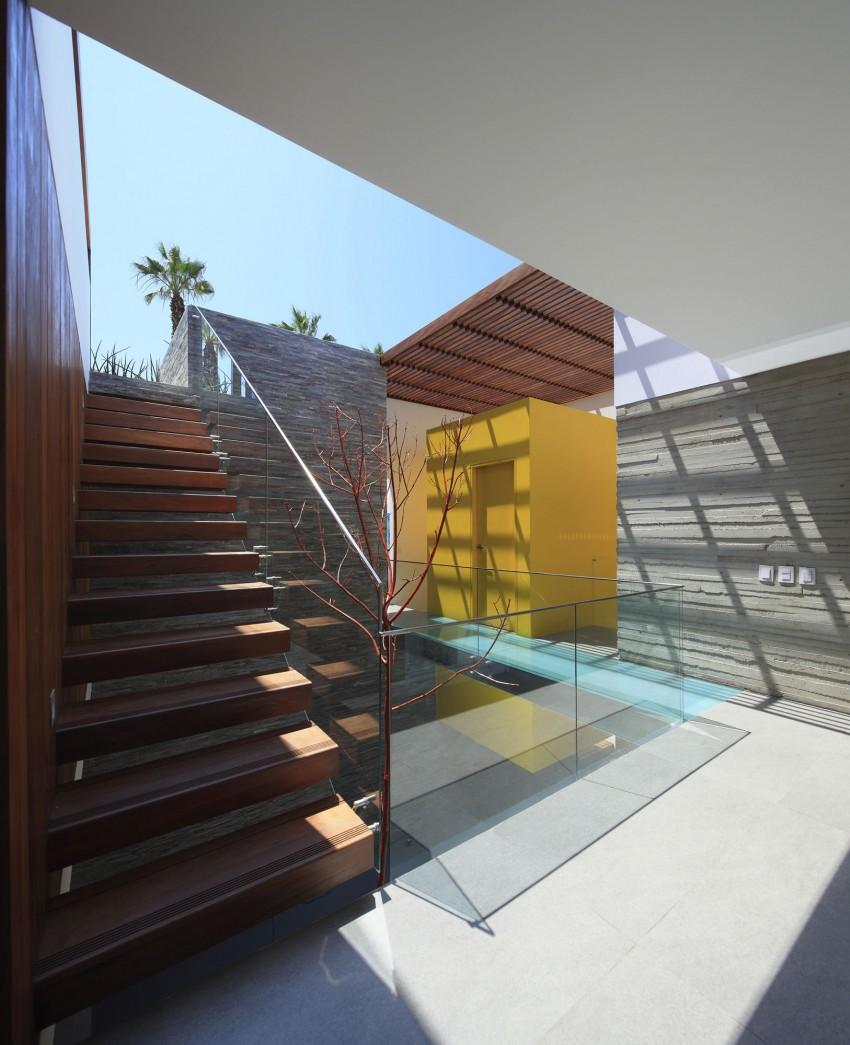 Casa P12 by Martín Dulanto Architect (15)