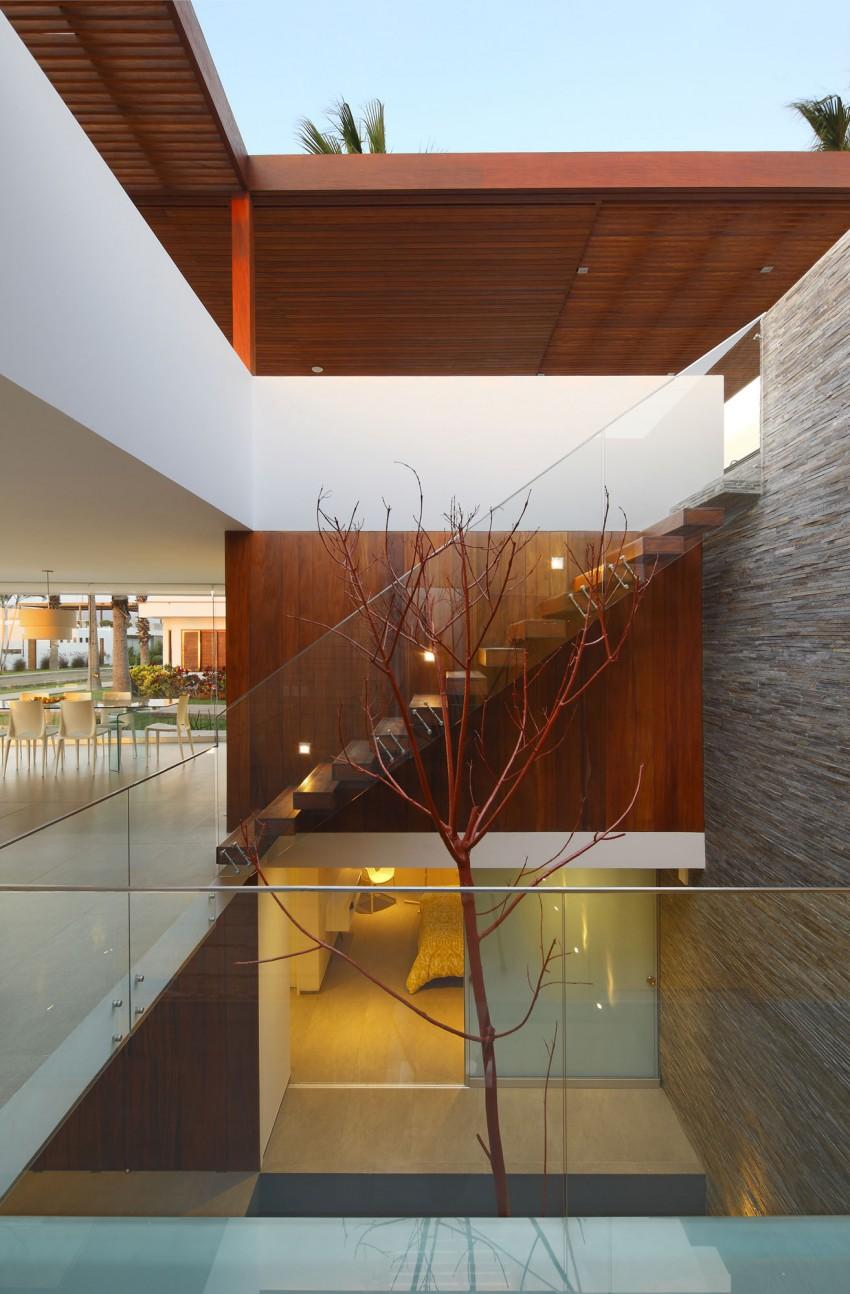 Casa P12 by Martín Dulanto Architect (19)
