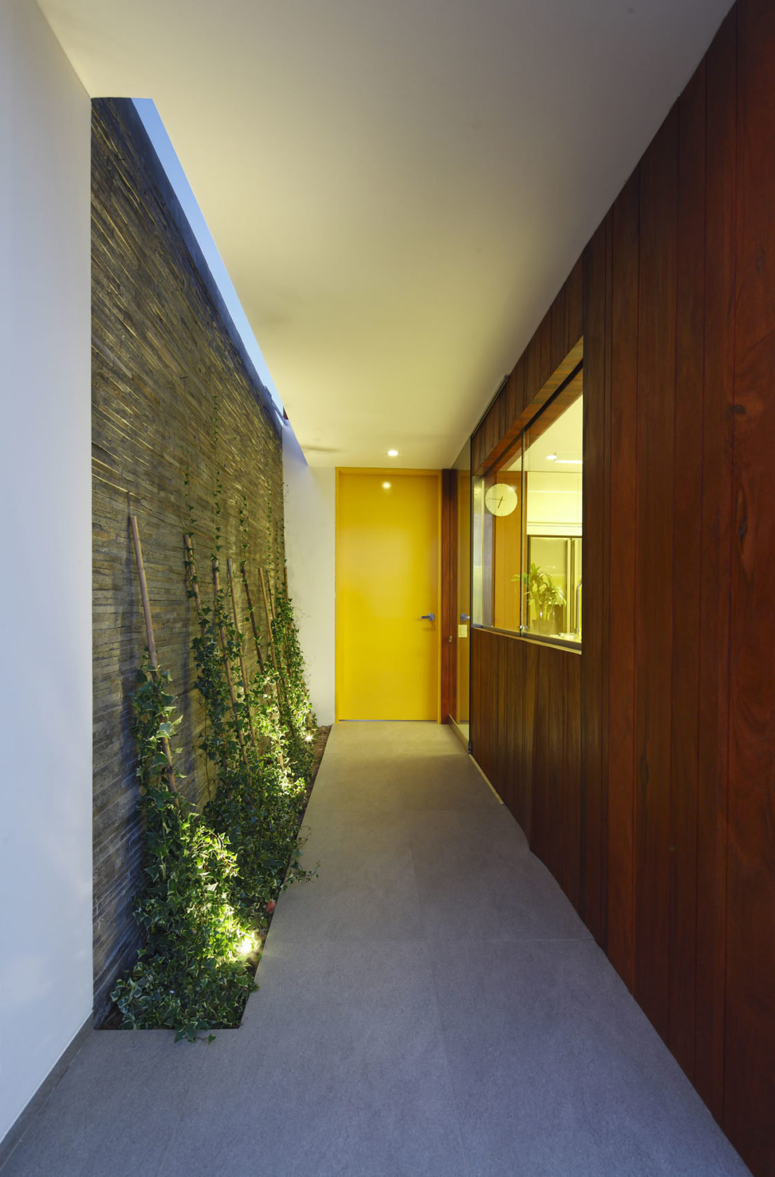 Casa P12 by Martín Dulanto Architect (21)