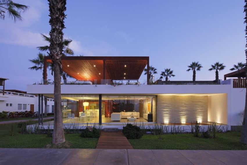 Casa P12 by Martín Dulanto Architect (42)