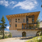 Crow's Nest Residence by Mt. Lincoln Construction (4)