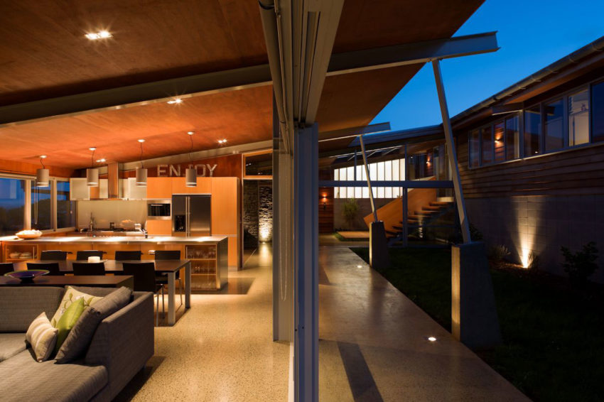 Foothills House by Strachan Group Architects (7)