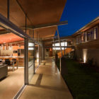 Foothills House by Strachan Group Architects (8)