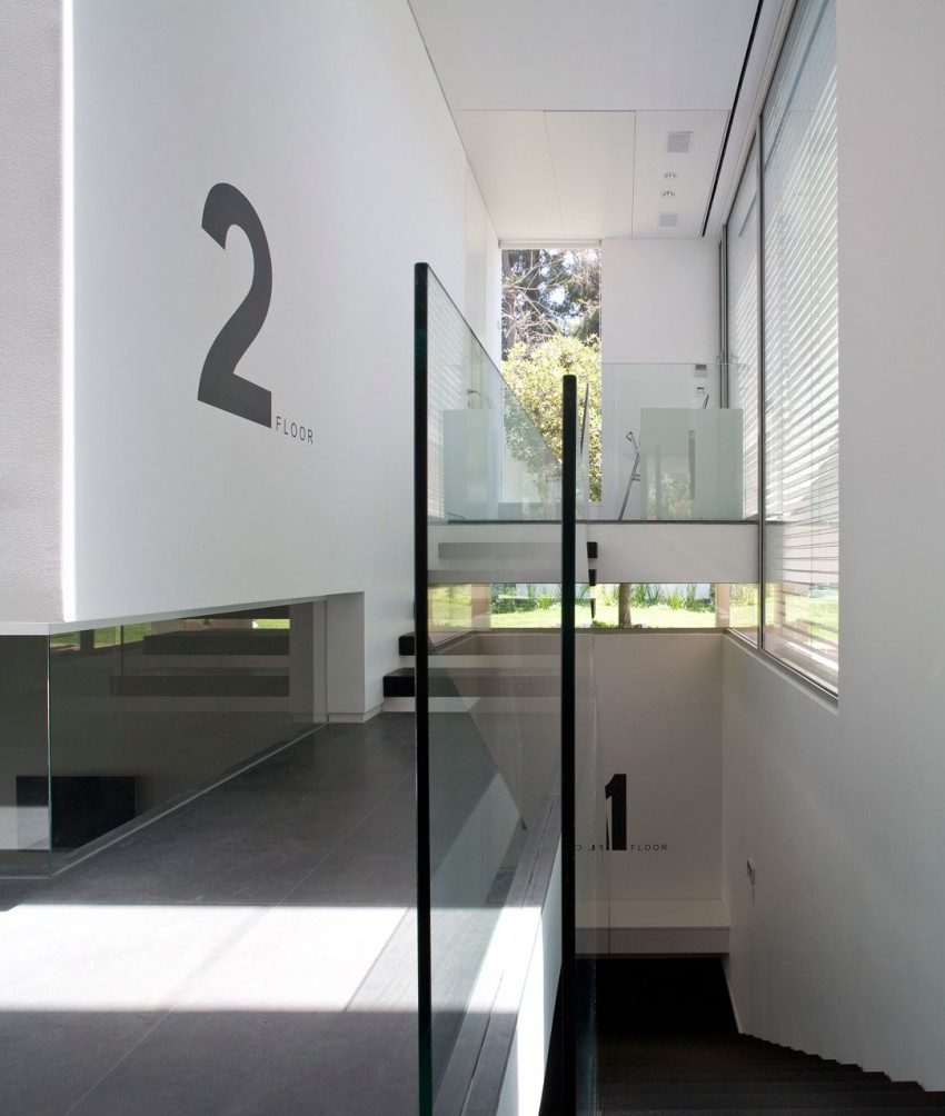 Home in Tel Aviv by Axelrod Architects (6)
