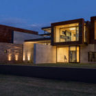 House Boz by Nico van der Meulen Architects (19)