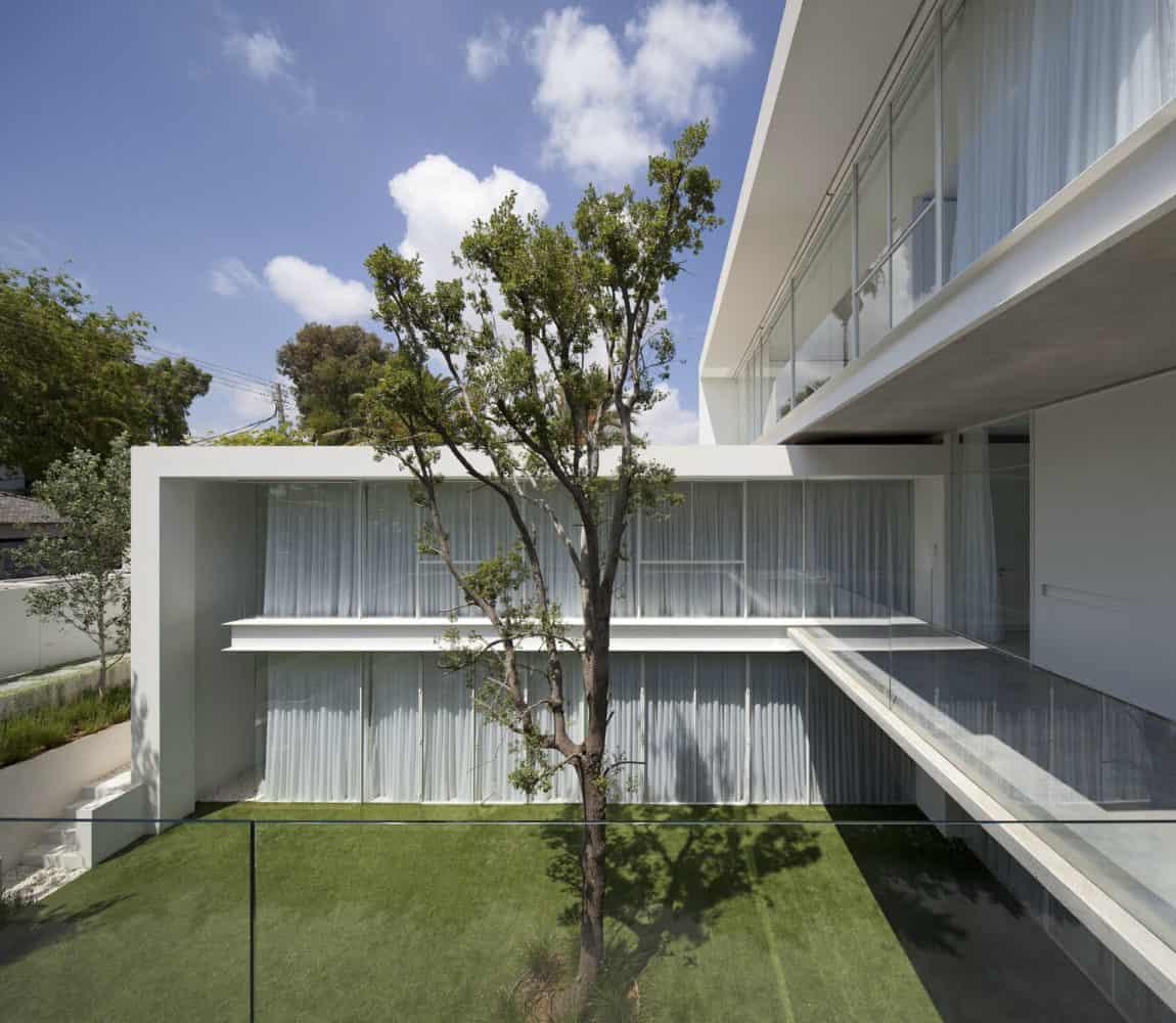 Ramat Hasharon House 13 by Pitsou Kedem Architects (6)