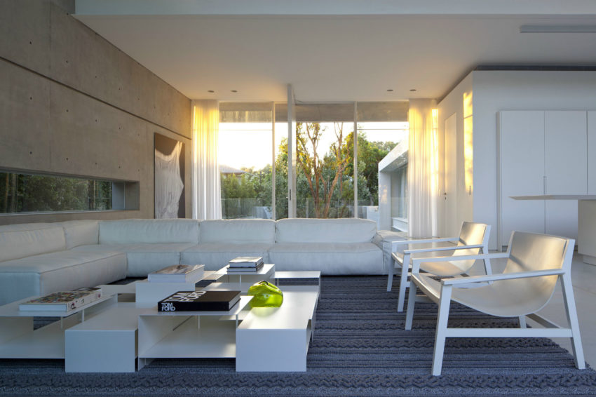 Ramat Hasharon House 13 by Pitsou Kedem Architects (10)