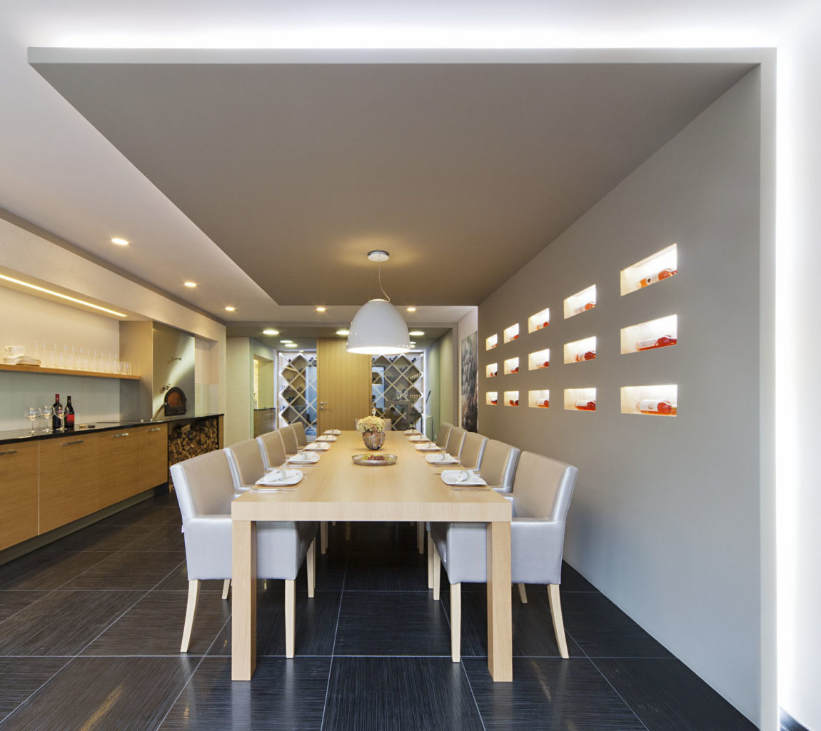 Sommelier's Home by by Architema (41)