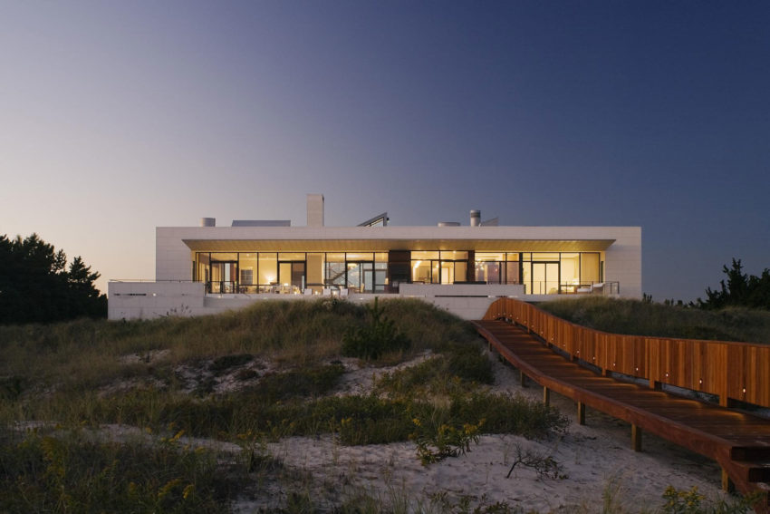 Southampton Beach House by Alexander Gorlin Architects (11)