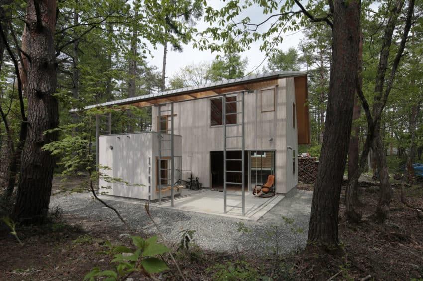 Villa in Hakuba by Naka Architects (1)