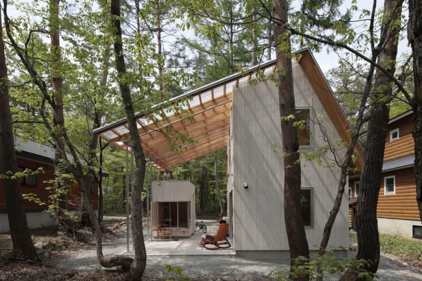 Villa in Hakuba by Naka Architects (2)