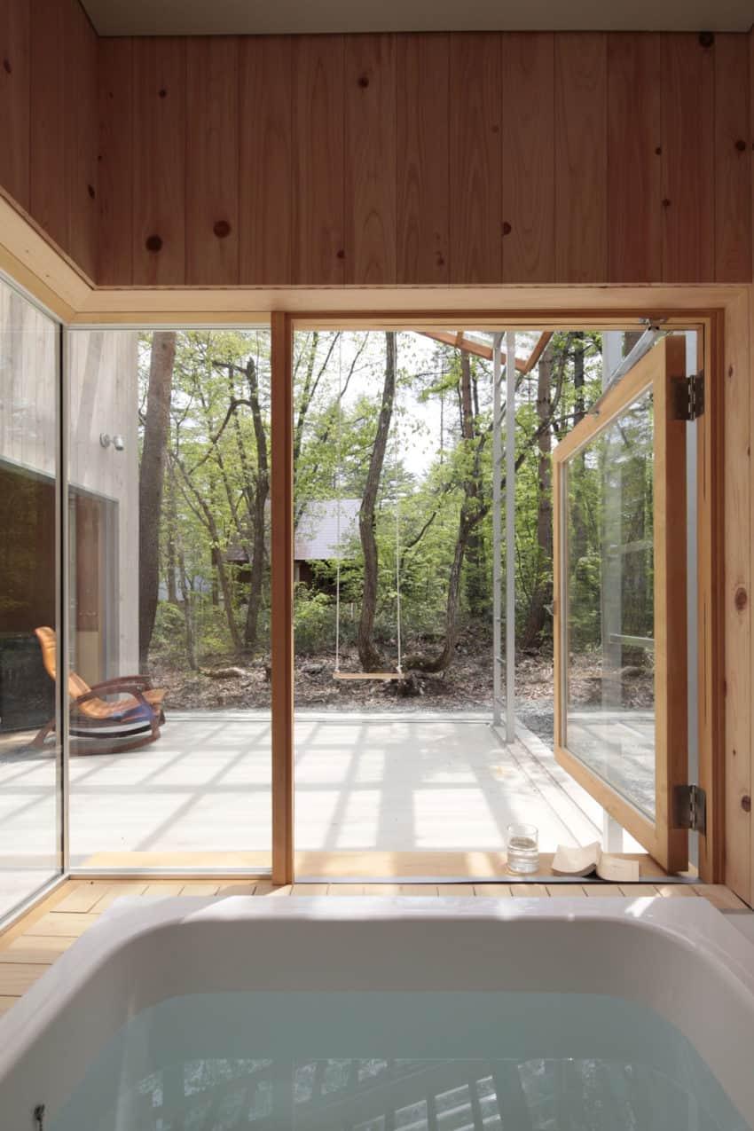 Villa in Hakuba by Naka Architects (6)
