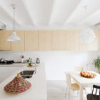 Apartment Refurbishment by Anna & Eugeni Bach (4)