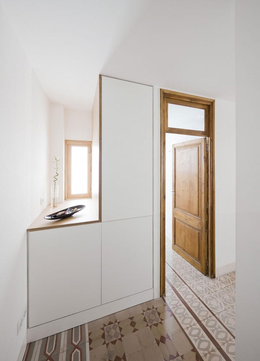 Apartment Refurbishment by Anna & Eugeni Bach (6)