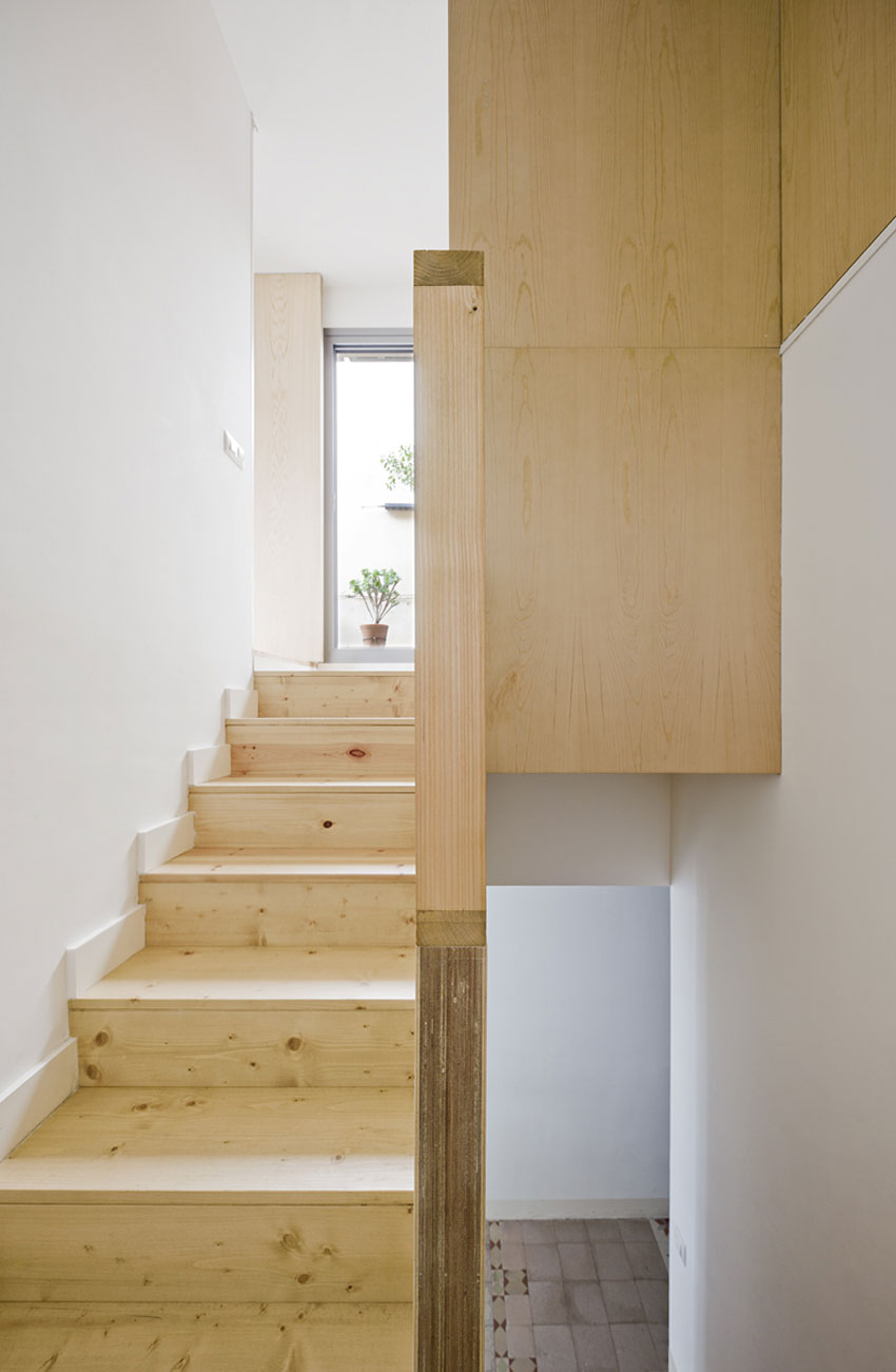Apartment Refurbishment by Anna & Eugeni Bach (9)