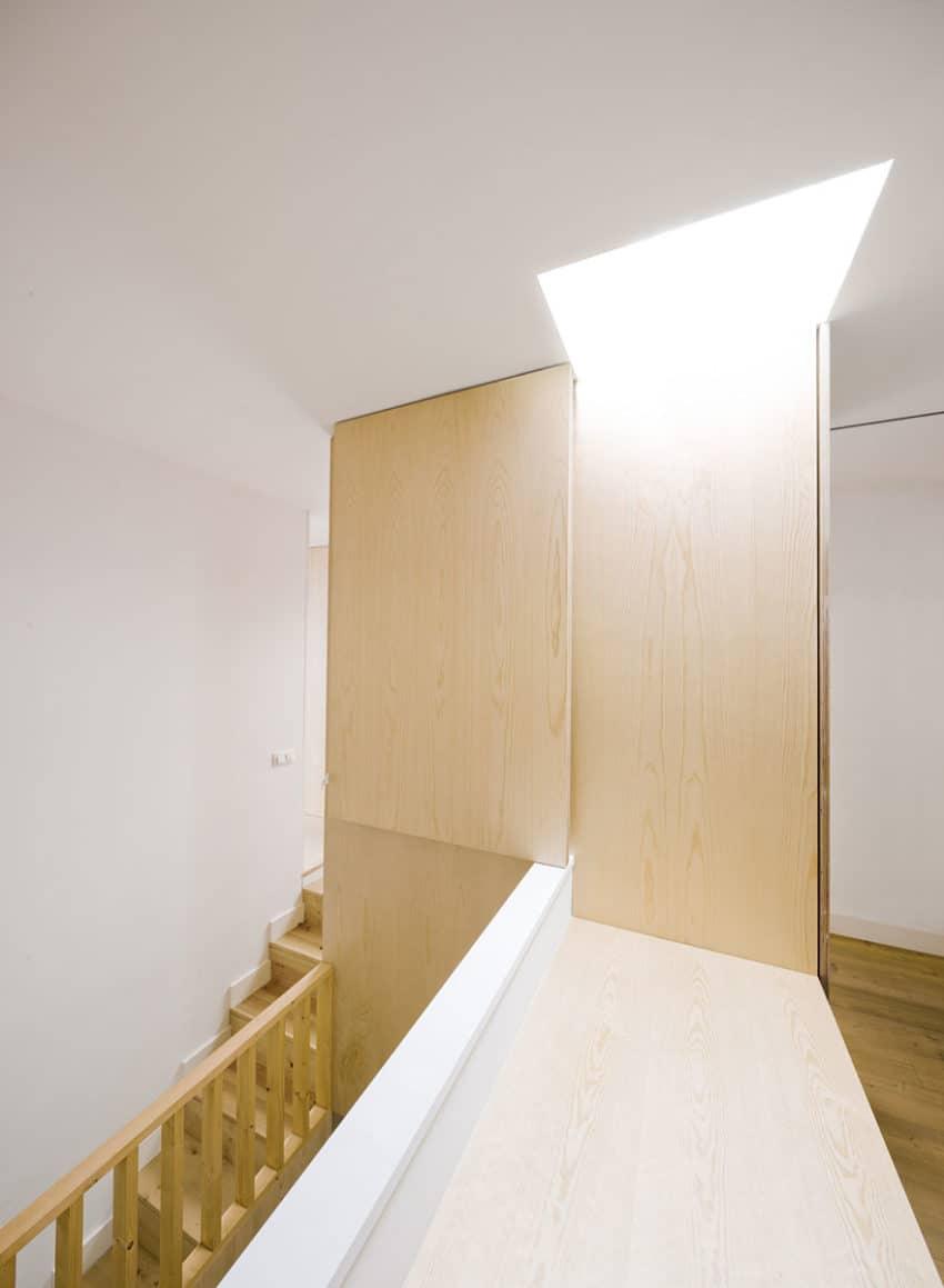 Apartment Refurbishment by Anna & Eugeni Bach (10)