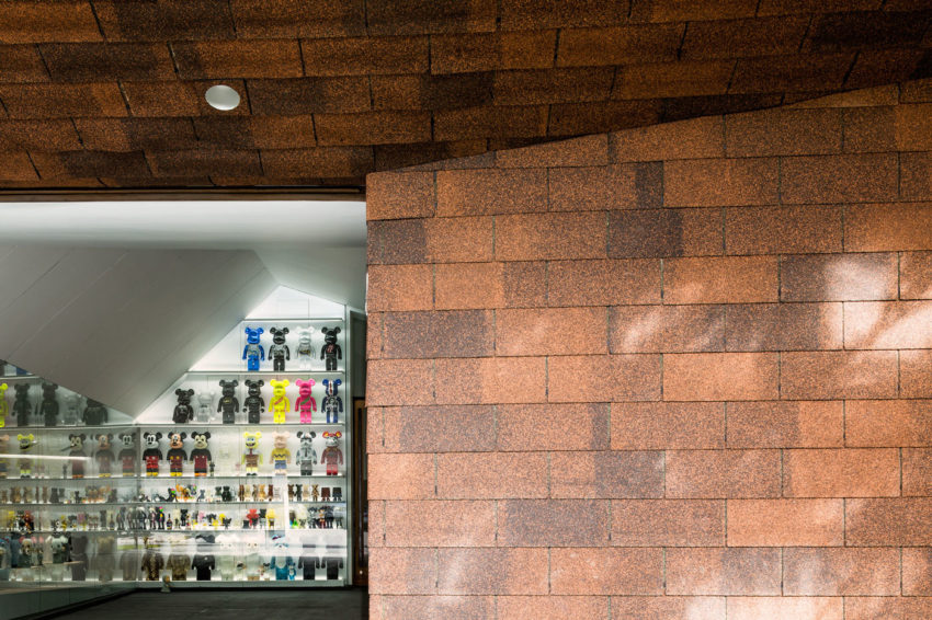 Garage Of The Bears by Openbox Architects (4)