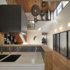 Wilden Street House by Shaun Lockyer Architects (11)