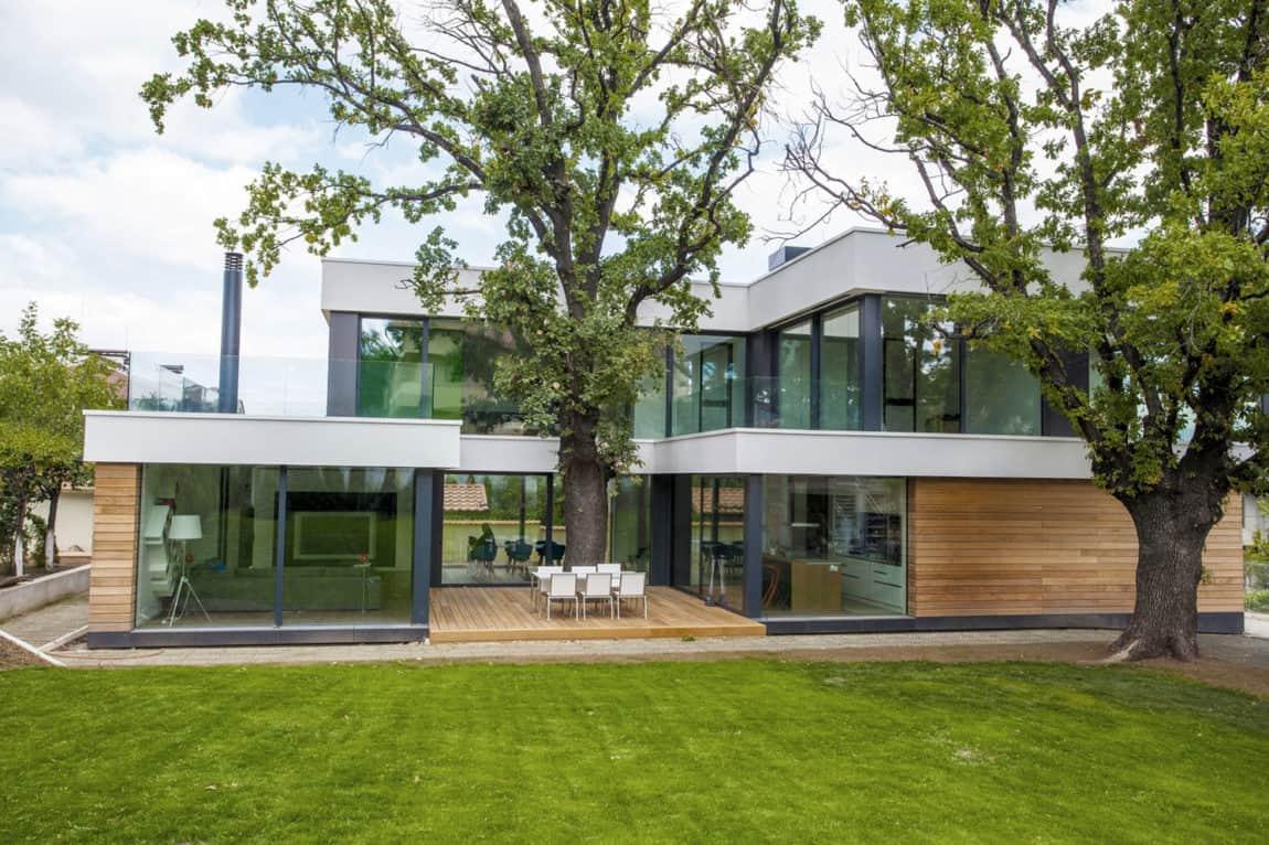 2 Oaks House by OBIA (1)