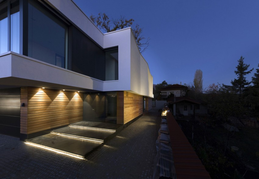 2 Oaks House by OBIA (9)