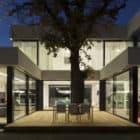 2 Oaks House by OBIA (11)
