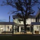 2 Oaks House by OBIA (12)
