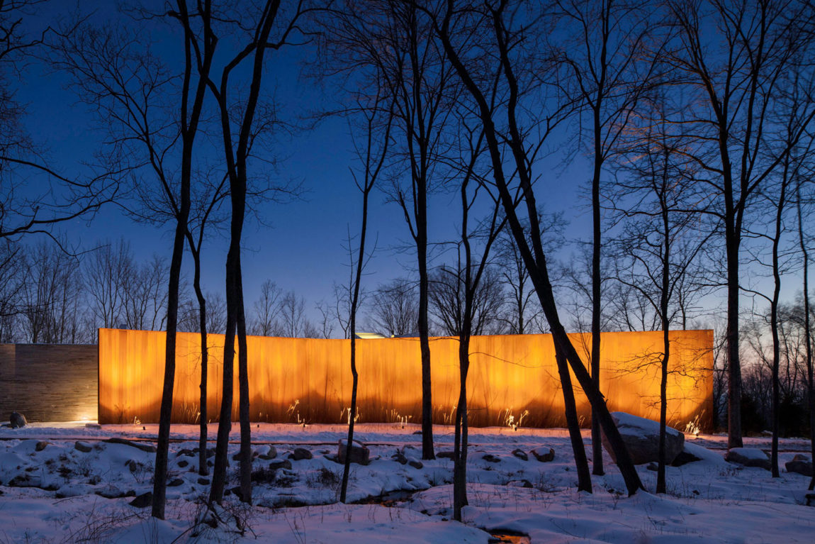 A House In The Woods by William Reue Architecture (12)