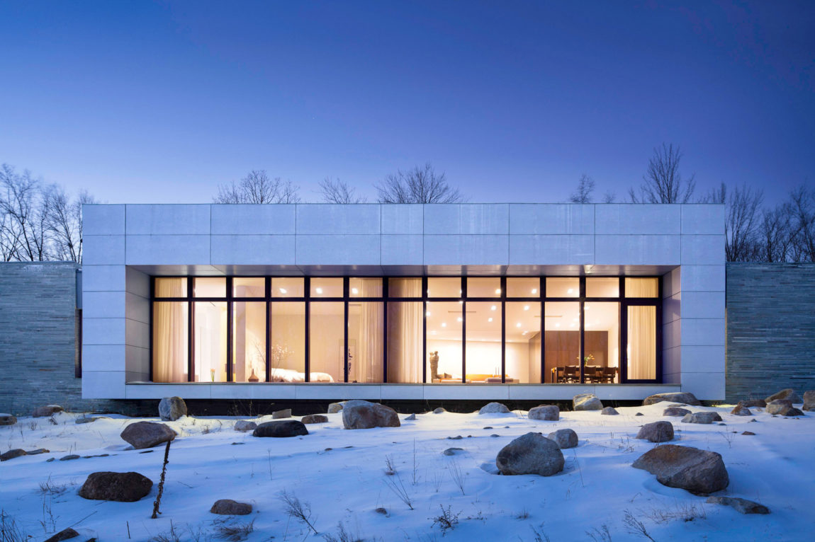 A House In The Woods by William Reue Architecture (13)