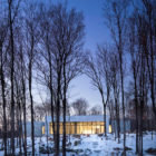 A House In The Woods by William Reue Architecture (14)