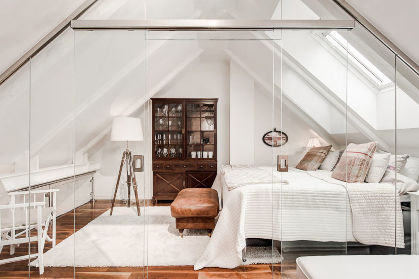 An Elegant Attic on Norrbackagatan (12)