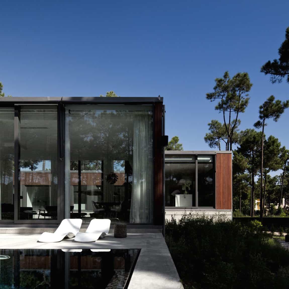 Aroeira III House by ColectivArquitectura (2)