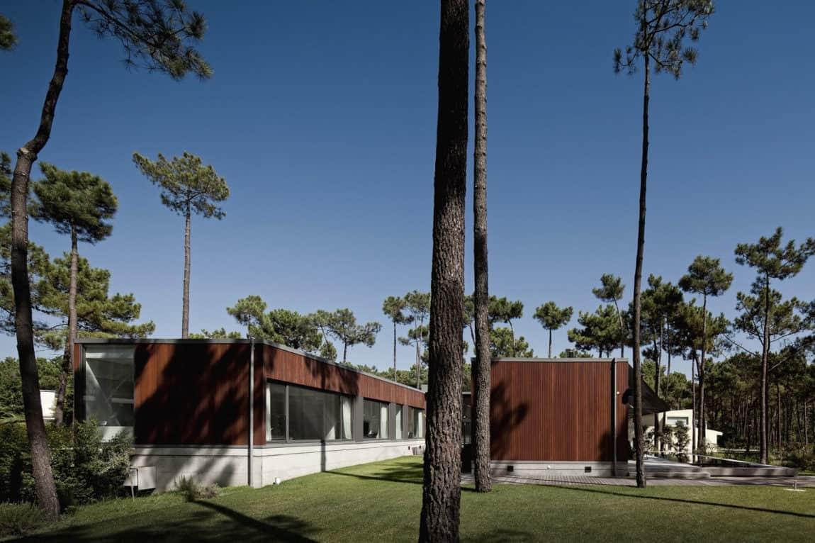 Aroeira III House by ColectivArquitectura (4)