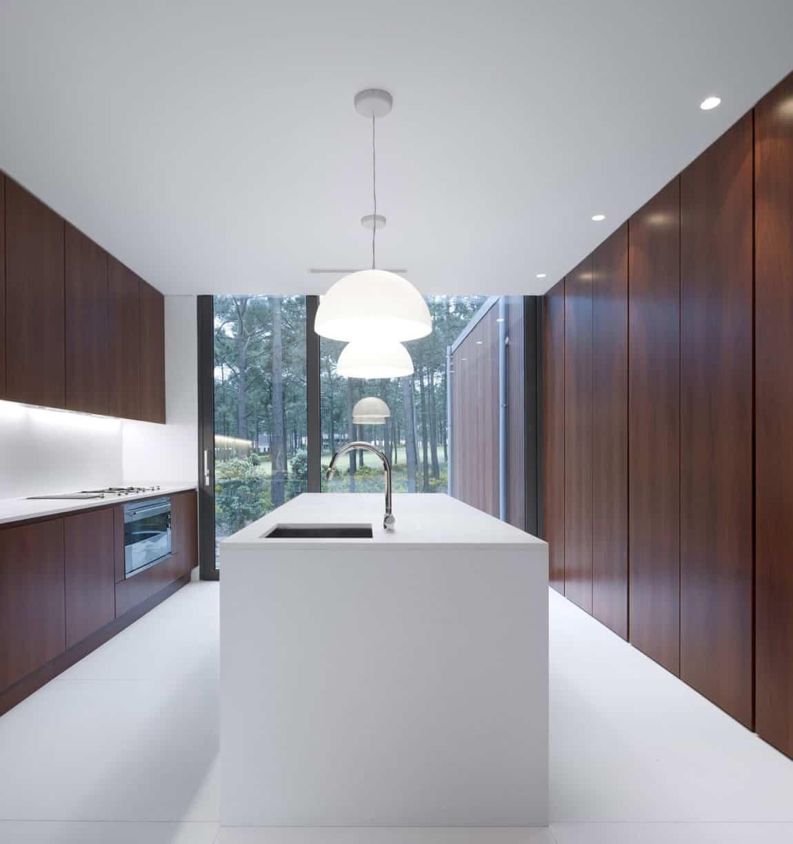 Aroeira III House by ColectivArquitectura (8)