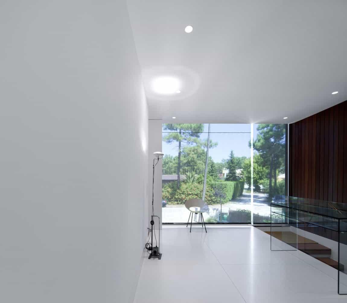 Aroeira III House by ColectivArquitectura (13)