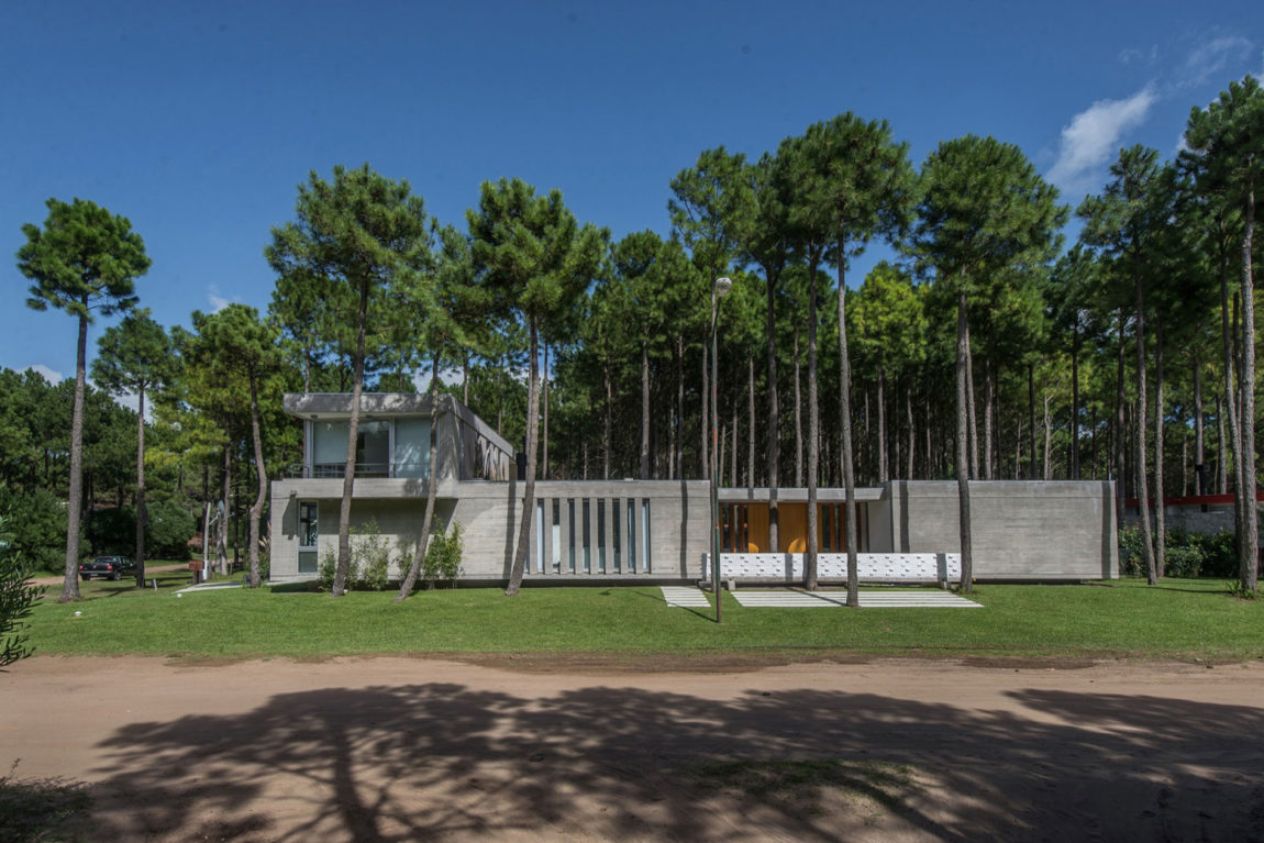 Batin House by Estudio Galera (1)