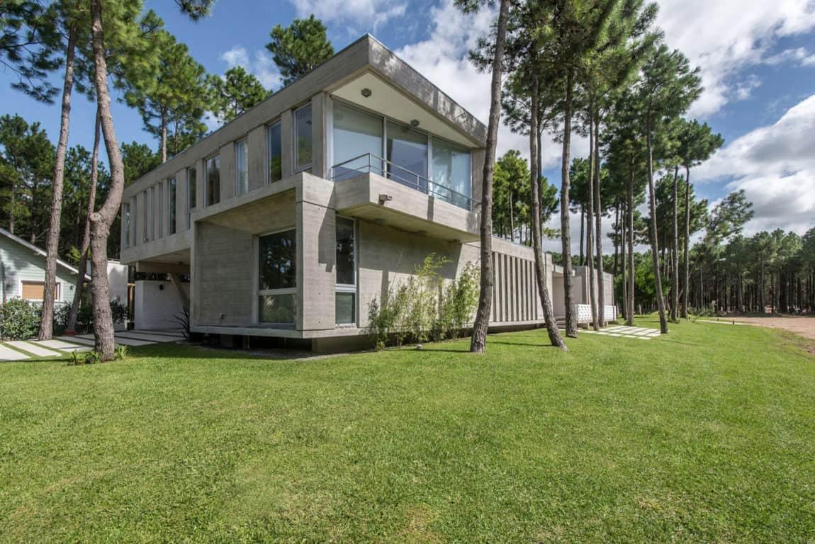 Batin House by Estudio Galera (3)