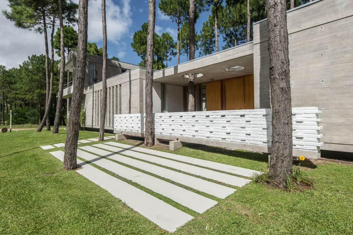 Batin House by Estudio Galera (7)