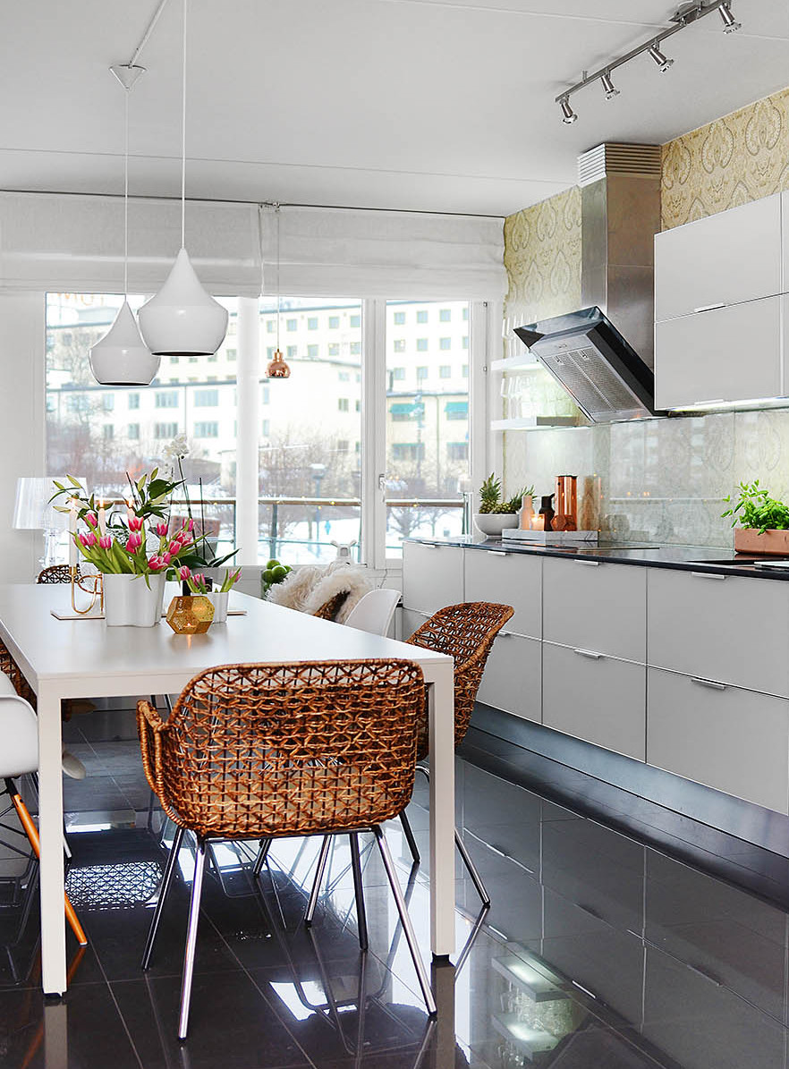 Bright Two Bedroom Apartment in Stockholm (16)