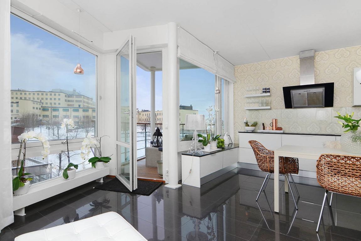 Bright Two Bedroom Apartment in Stockholm (8)