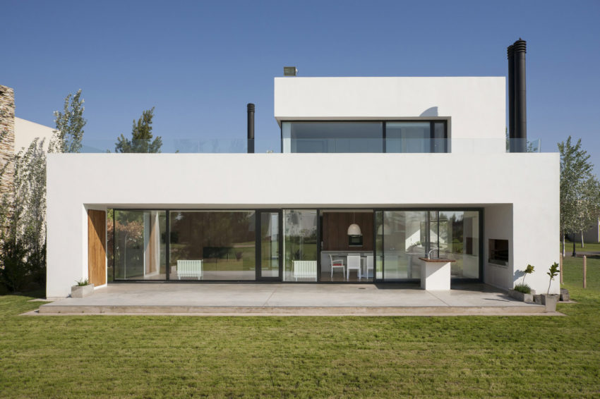 Casa MC Golf Club by VismaraCorsi Arquitectos (2)