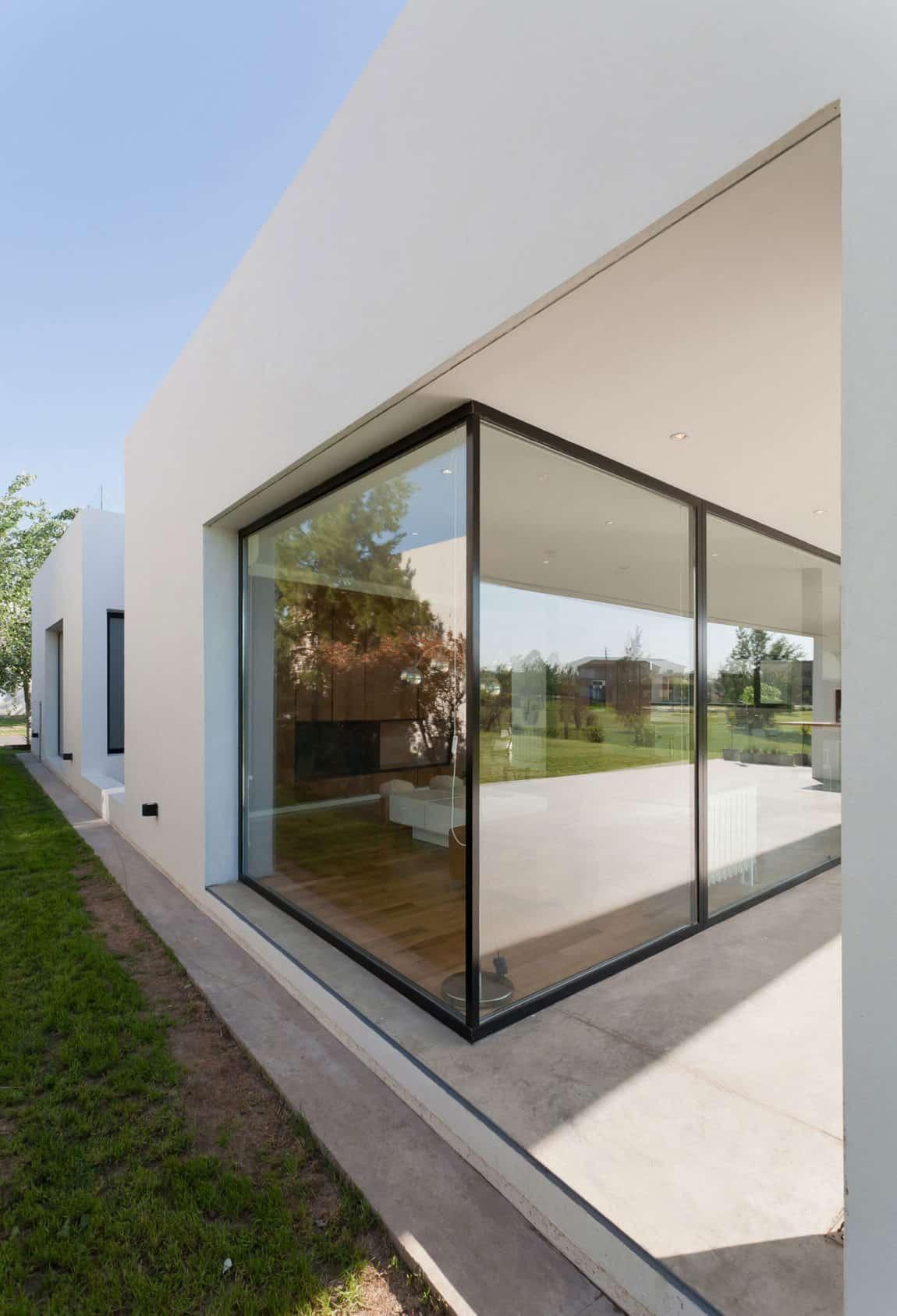Casa MC Golf Club by VismaraCorsi Arquitectos (4)