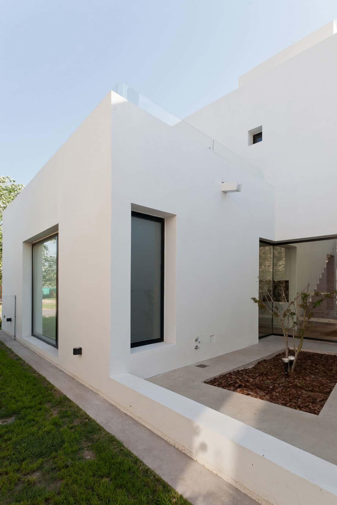 Casa MC Golf Club by VismaraCorsi Arquitectos (5)