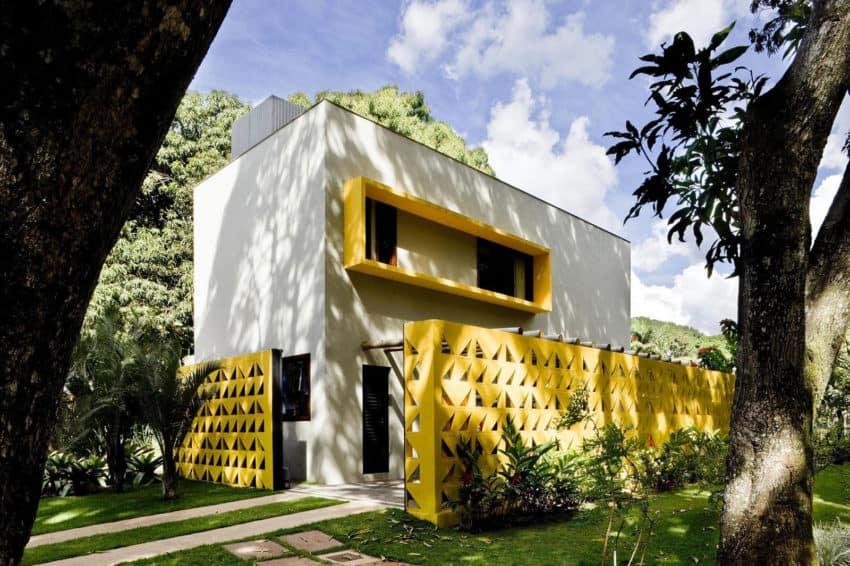 Cobogó House by Ney Lima (1)