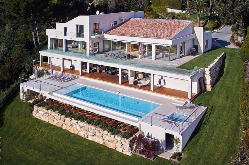 Contemporary Estate in Super Cannes (1)
