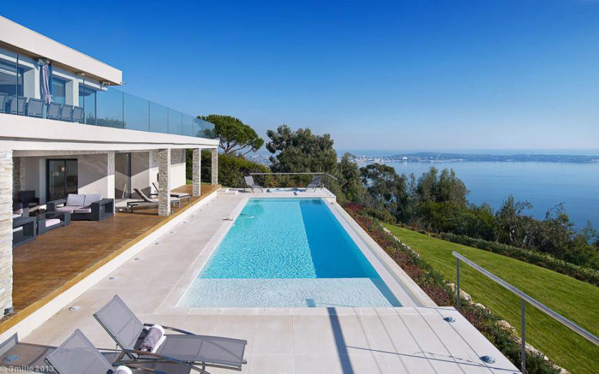 Contemporary Estate in Super Cannes (3)
